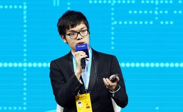 被电脑虐过后的柯洁横扫韩国棋手,人类真要成为AI的学生了