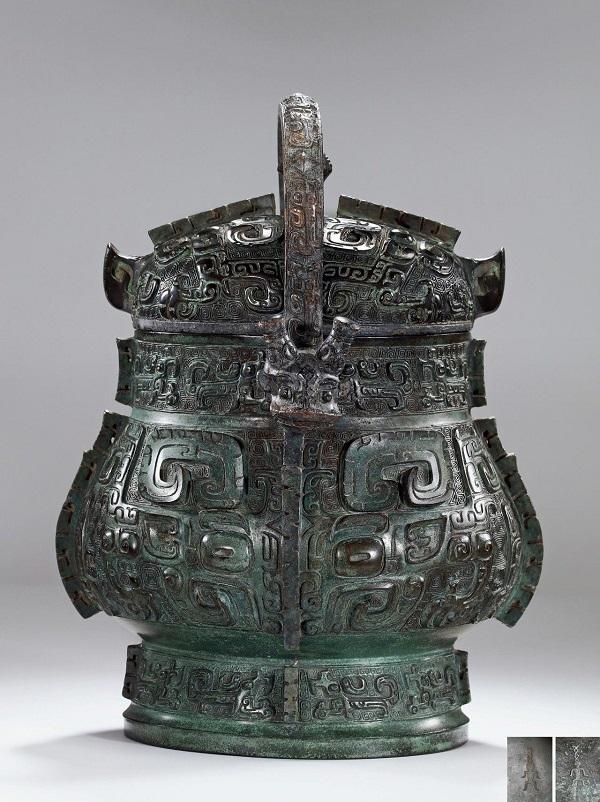 西周早期 公元前十一世纪 青铜卣 RMB 23,000,000
