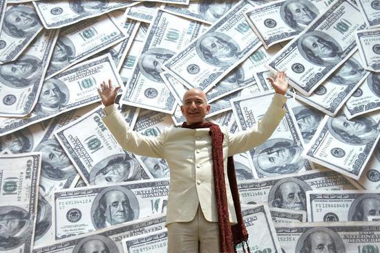 两个半月身价缩水420亿美元贝佐斯眼都不眨豪捐1亿