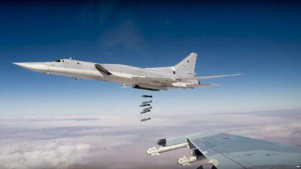资料图片:俄军图-22M3战略轰炸机起飞瞬间。(图片来源于网络)