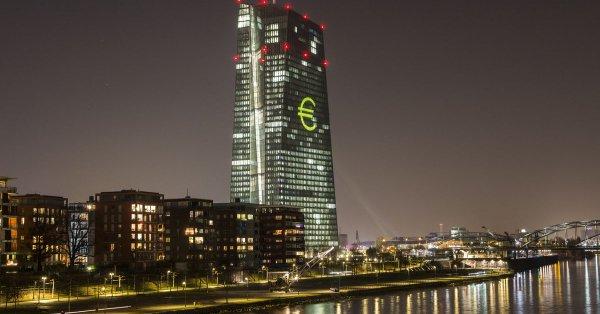具体来看,利率方面,欧洲央行主要再融资利率0%,预期0%,前值0%;欧洲央行边际贷款利率0.25%,预期0.25%,前值0.25%;欧洲央行存款便利利率-0.4%,预期-0.4%,前值-0.4%。