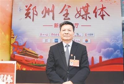 全国人大代表庞国明:改革中医教材 临床专家应参与编撰