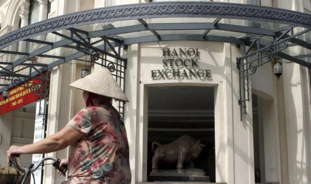 这个国家将外汇交易贴上非法,股市两年翻两倍,3000多中国人杀入