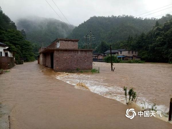 强降雨致江西181.9万人受灾 明后天中南部或再迎暴雨
