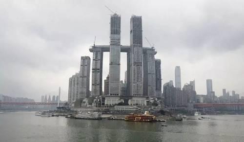 """重庆横向摩天大楼将成中国新地标?外国网友等不及要来""""打卡"""""""
