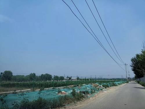 从中海望京府打车去未来金茂,中间会经过一些小村子