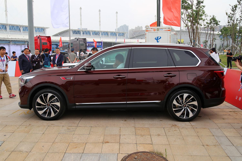 中国品牌最高档SUV:红旗HS7上市