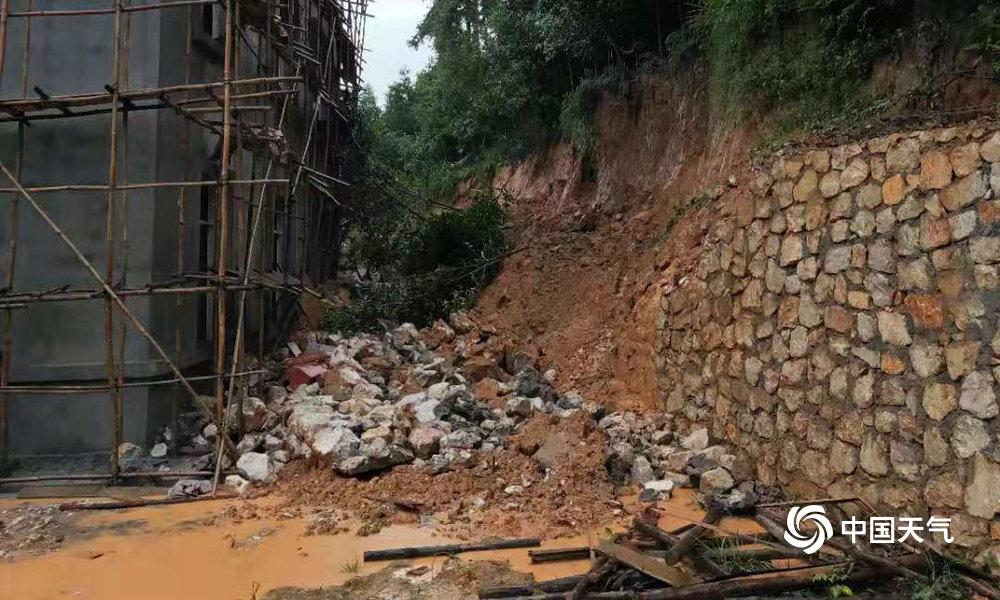 广西再遭强降雨袭击 桂林柳州暴雨成灾