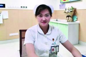 患者心跳骤停,护士跪床一路抢救