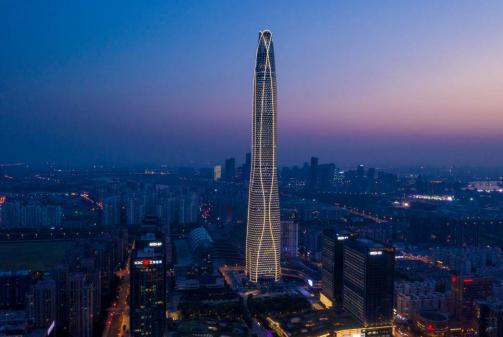 天津周大福金融中心以楼高530米刷新城市高度