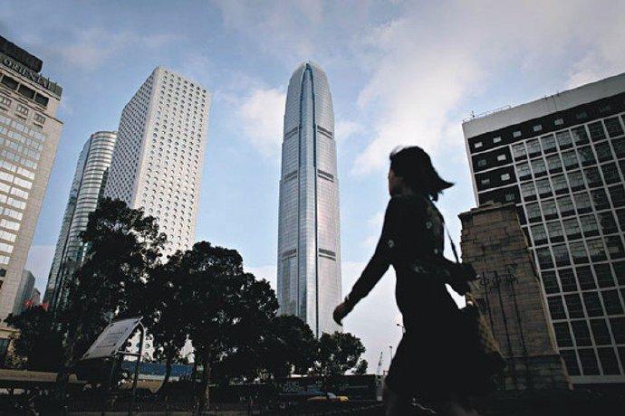 港银新挑战:虚拟银行超高息抢客 从业员心态须变