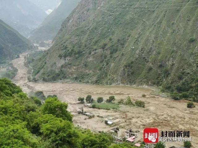 四川多地发生泥石流:矿场损毁 洪水破坏力超往年