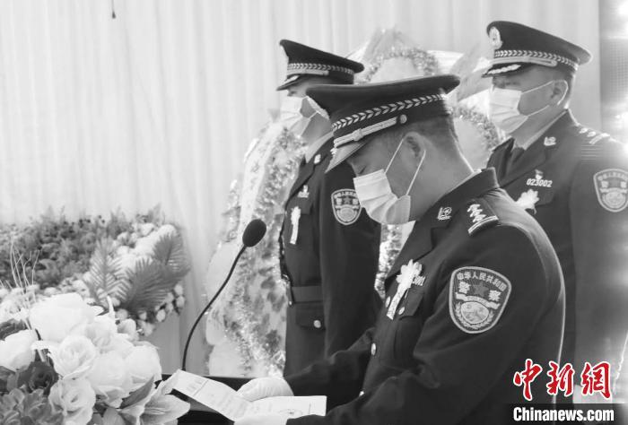 青海一民警执行任务途中遭遇车祸不幸牺牲
