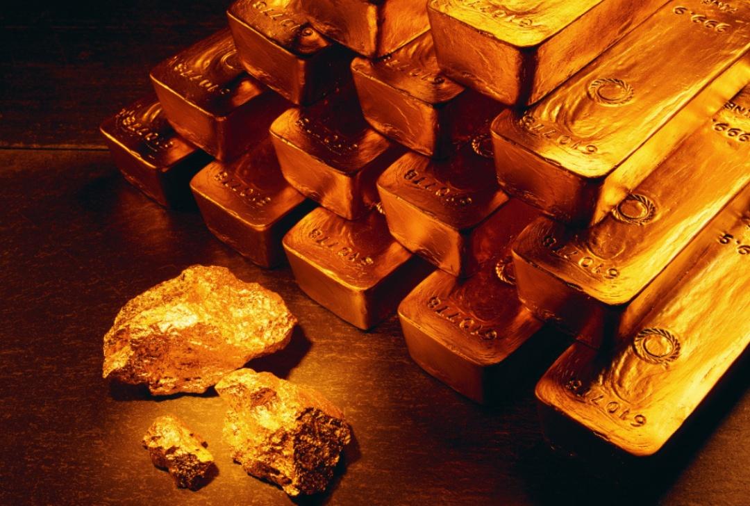 """""""百亿假黄金竟是""""金包铜"""",多家信托银行踩雷金凰珠宝后,该谁赔付?"""