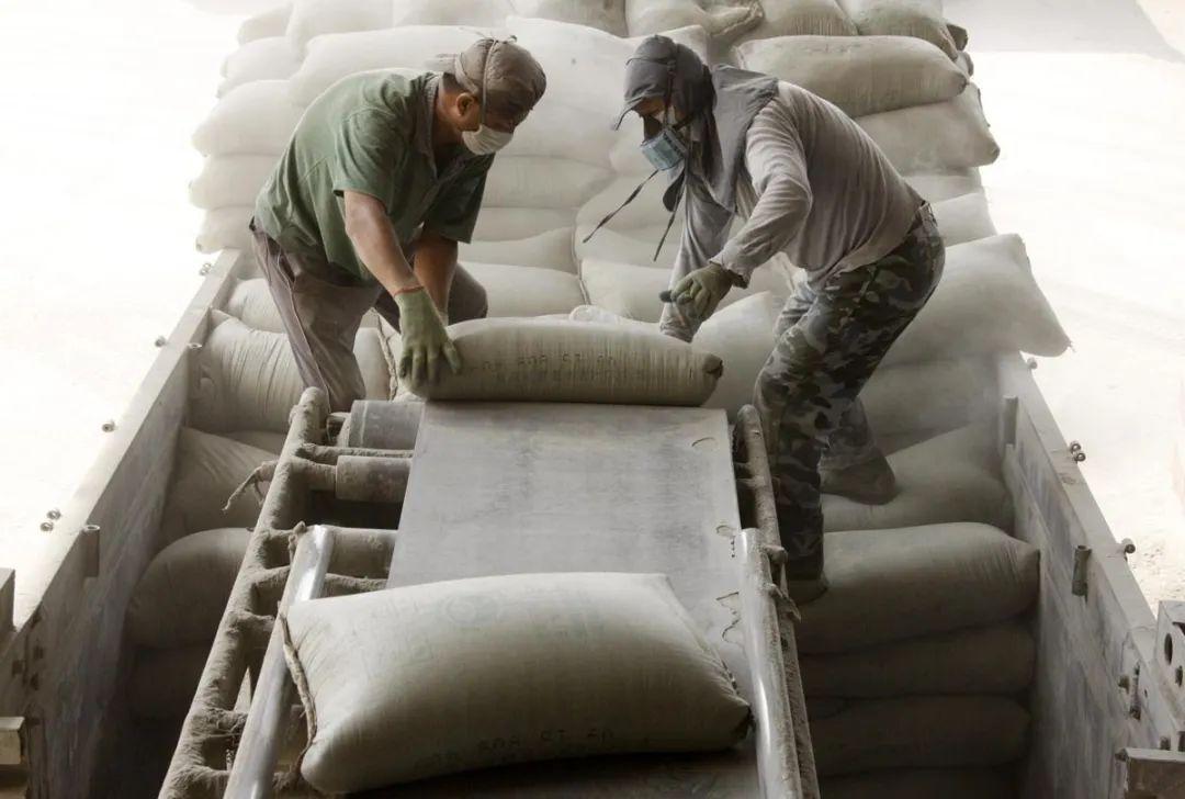 水泥进入涨价周期?长三角价格普涨,云南文山8月每吨已涨70元
