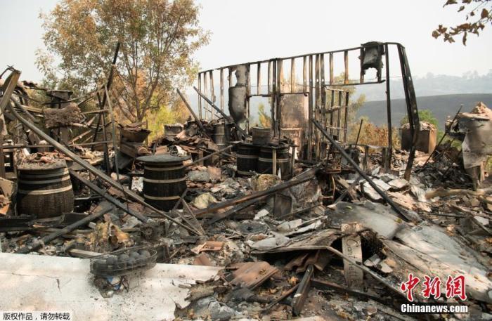 美国加州2020年山火规模或将破纪录 已造成至少7人死亡