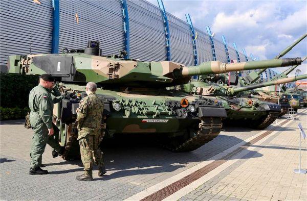 英媒:疫情让波兰国际防务展缩水