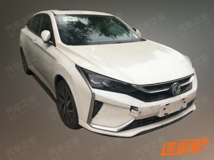 搭载1.4T发动机 东风风神奕炫谍照曝光