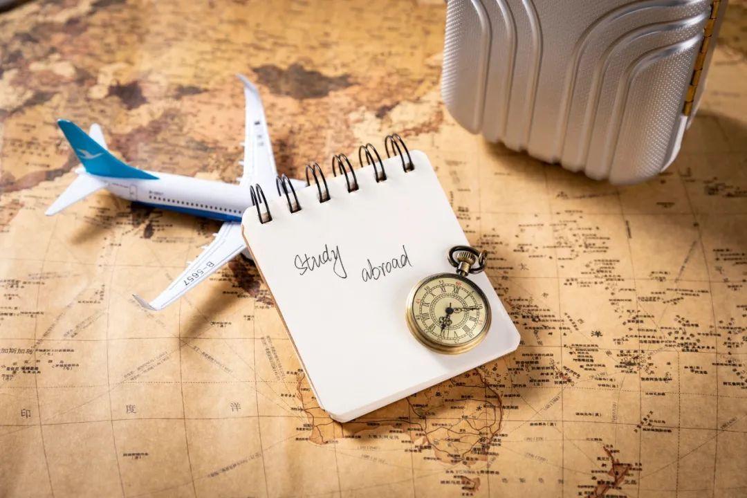 疫情期间出国留学难,咋办?教育部出招:除了网课,还有这些办法!