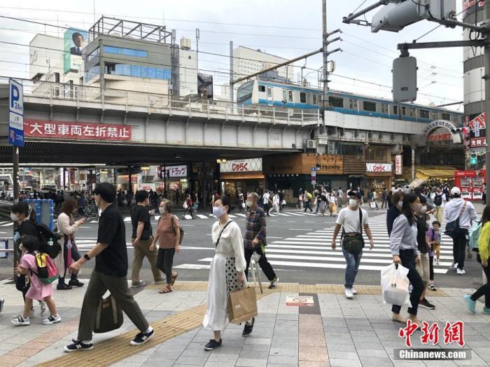 日本新冠确诊超8万例 民调显示逾7成受访者担心感染