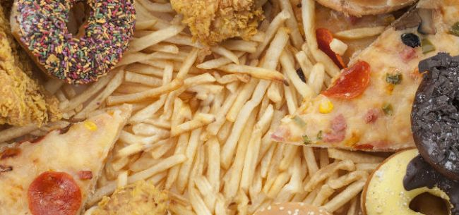 德克士全国2600家门店上市植物肉 并推自热米饭跨足零售业