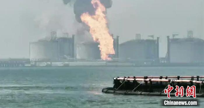 国家管网回应广西LNG罐前平台失火:全力搜救1名失联人员