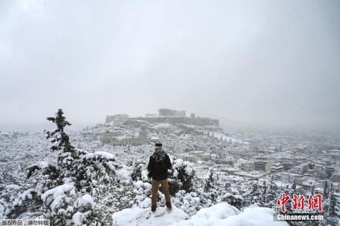 暴雪重创希腊 雅典市长:应汲取教训,进行必要改革
