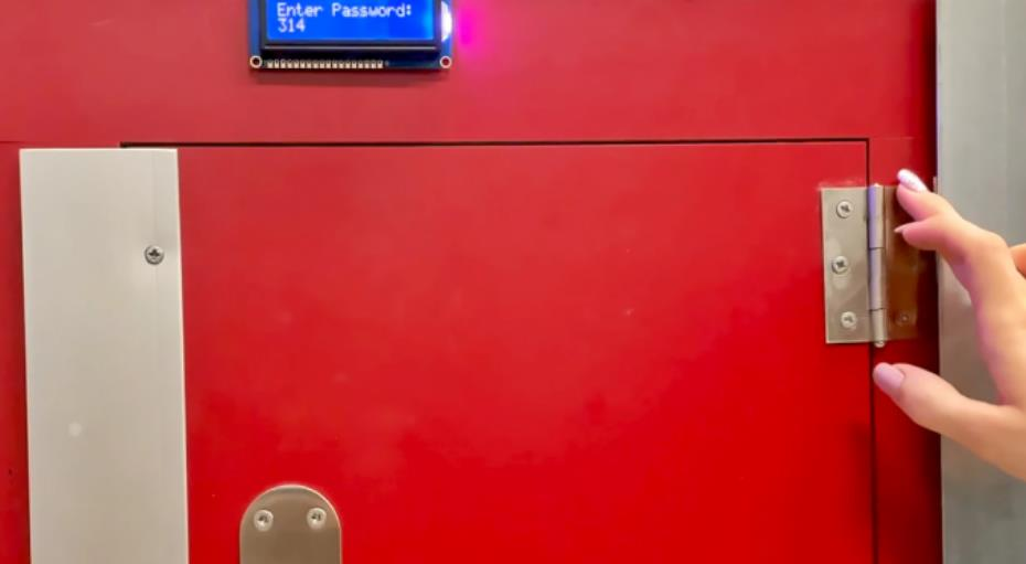"""科学家开发出一种隐形""""锁眼"""":在透明电子产品上打印数字按钮"""