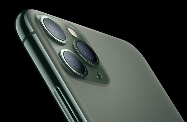 被苹果踢出供应链 欧菲光摄像头业务24亿卖给闻泰