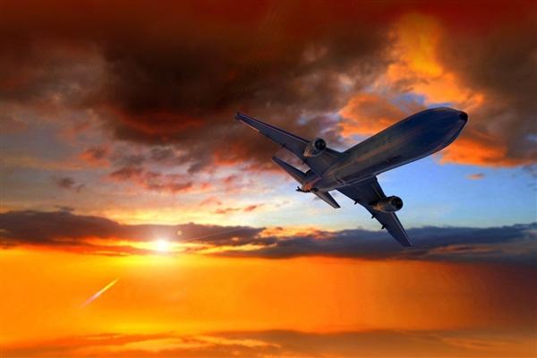 坠毁致62人遇难 印尼失事波音737客机第二个黑匣子找到