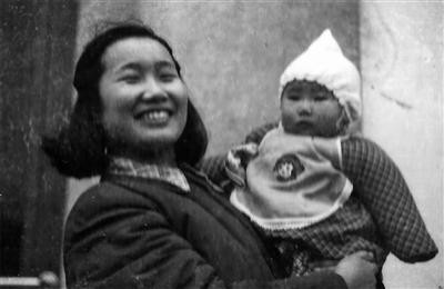 和母亲的漫长告别 女儿与逐渐失忆母亲的12年