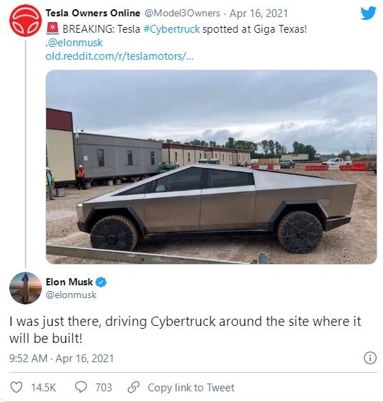 马斯克驾驶特斯拉Cybertruck访问了德克萨斯超级工厂