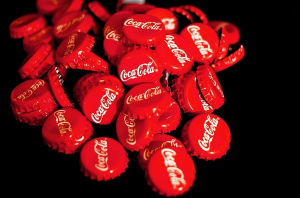 零度可乐将更改配方和包装:全红瓶罐、口味向经典可乐看齐