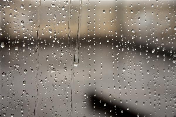 河北连发三个红色预警:暴雨仍在持续、石家庄有街道已一片汪洋
