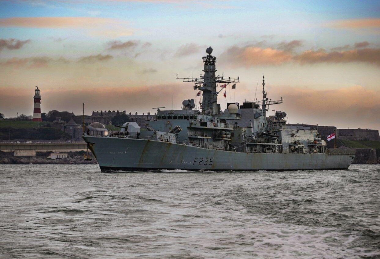 为拥有航母!英国皇家海军悄悄退役一艘主力护卫舰,还提前拆掉武器装备