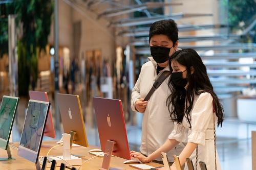 美媒:苹果公司要求进体验店顾客和员工戴上口罩 走回疫情初期状态