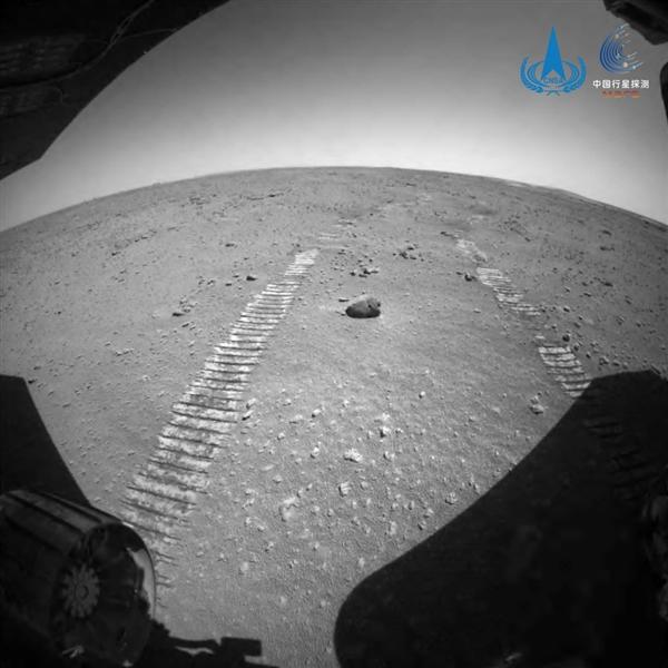 """最远几乎4亿公里!祝融号火星车将暂时""""失联"""""""