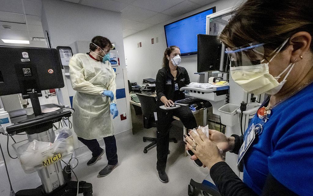 美媒:新冠病毒传播不受控,美国还会出现新毒株