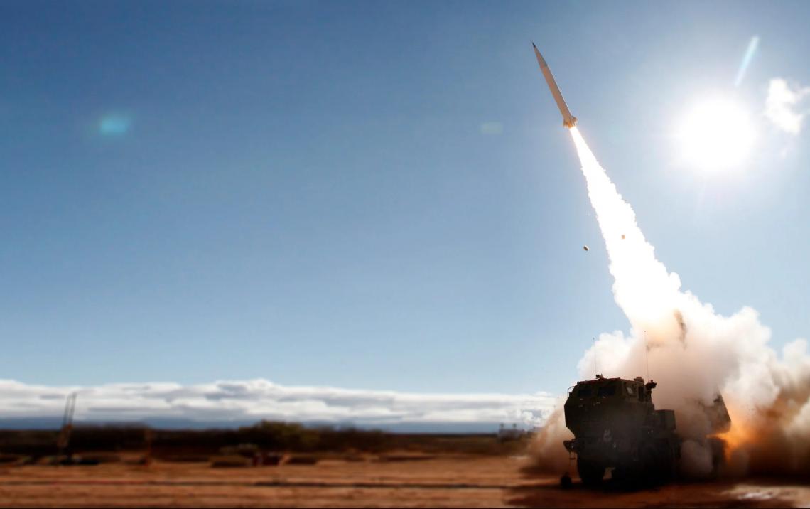 """美国""""精确打击导弹""""在试射中打破纪录,美媒速炒:用来对抗中俄"""